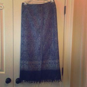 Wrap fringed skirt